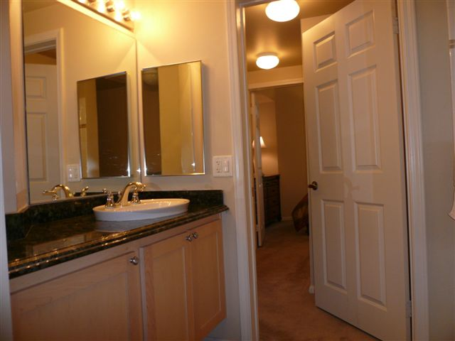 Laurel bay furnished condo for rent downtown san diego - One bedroom condos for sale in san diego ...