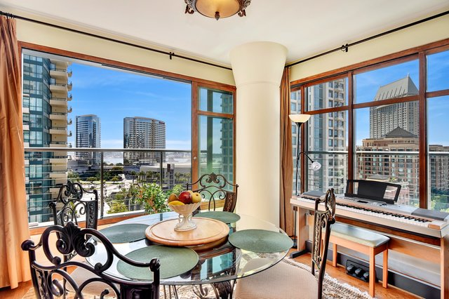 Southwest 11th Floor Corner Unit for Sale in Renaissances